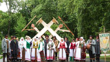 Dainų šventės dalyvių gretose – gausus jonaviečių būrys
