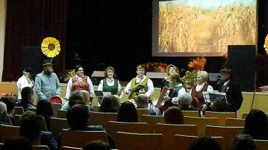 """Juškonių kultūros centre vyko derliaus šventė """"ARUODAI JAU PILNI"""""""