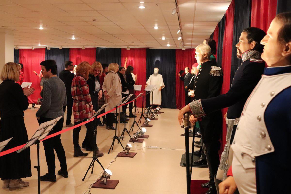 Meno galerijoje atidaryta Vaškinių figūrų paroda